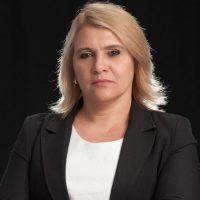 Aline Lobato